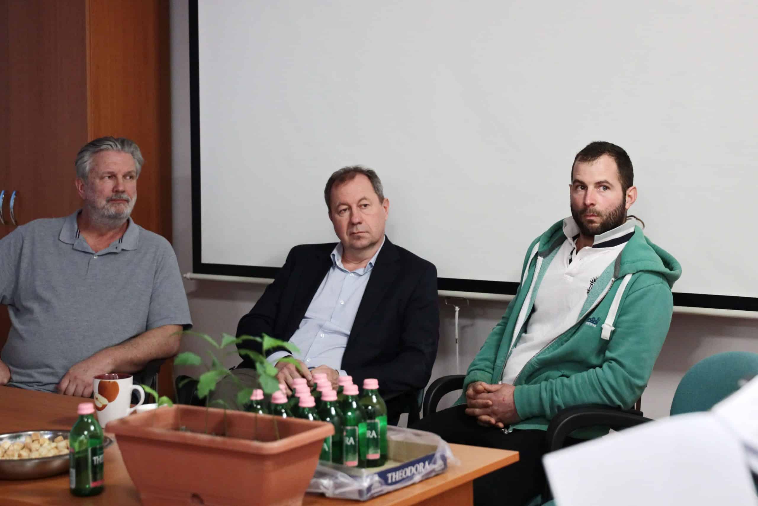 """""""Mérgezett Föld"""": Ökofilmklub És Kerekasztal-Beszélgetés Békéscsabán"""